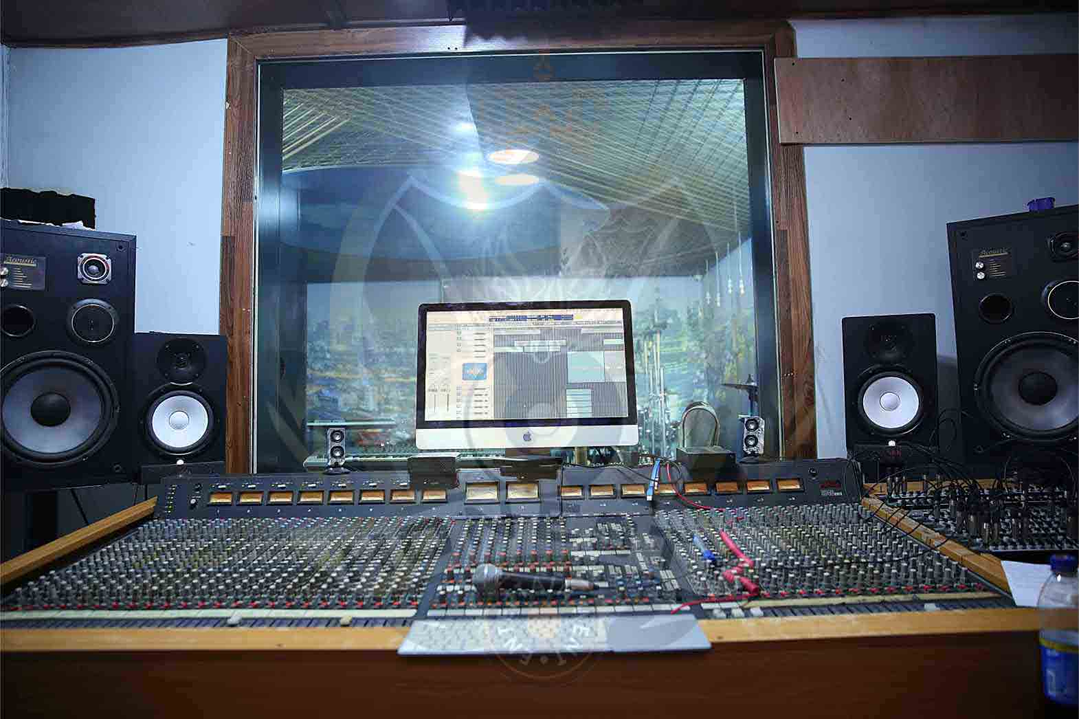 Honesty Music Dynamic studio